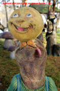 Садовая скульптура «Лиса с колобком»