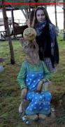 Садовая фигурка «Лиса с колобком»