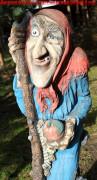 Садовая скульптура «Баба-Яга»