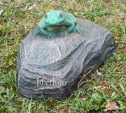 Садовая скульптура «Лягушка малая»