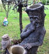 Садовая скульптура «Пень с совой (цветник два кашпо)»