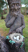 Фигура для дачи «Пень с гнездом (цветник)»