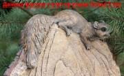 Садовая скульптура «Кресло-пень с белкой (большое)»