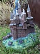 Декоративная крышка люка «Замок»