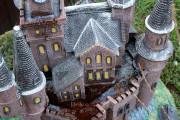 Малая архитектурная форма — Декоративная крышка люка «Замок»