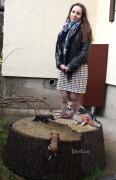Садовая фигурка — Декоративная крышка люка «Кошка на пне»