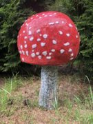 Скульптура гриба «Мухомор (маленький)»